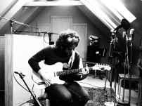 Vidal Soler (gravant guitarres)